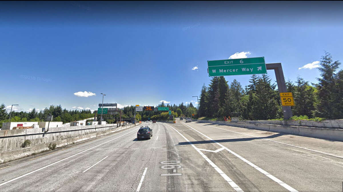 6. Interstate 90 eastbound The worst delays on I-90 will be from 3 p.m. to 5 p.m. on Wednesday, Nov. 21. During that time, drivers can expect an 8 percent delay traveling east from Seattle, with an average speed of about 31.6 mph.