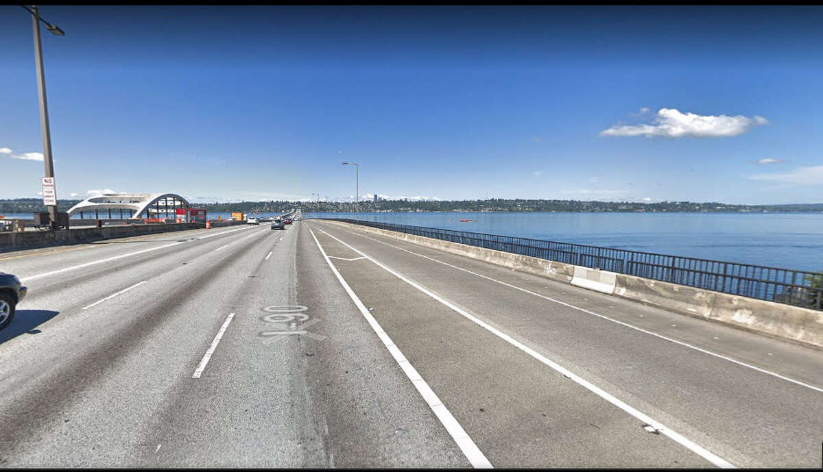5. Interstate 90 westbound Head west on I-90 will be the worst from 4 p.m. to 6 p.m. on Wednesday, Nov. 21. Drivers can expect an 11 percent delay around the Seattle area, but enjoy an impressive 45.8 mph average speed.