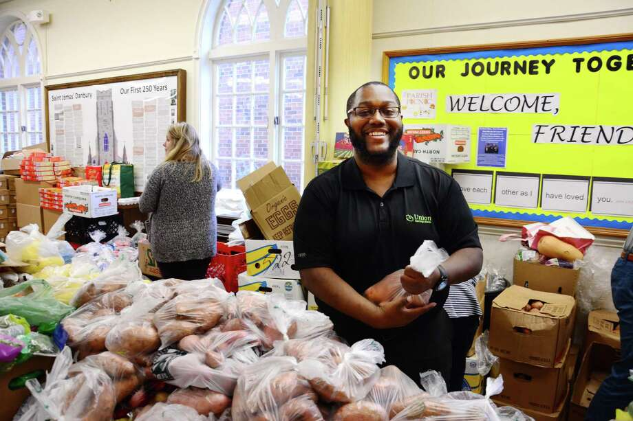 Incredible Danbury Pantry Provides Thanksgiving Meals For 2 000 Newstimes Download Free Architecture Designs Xerocsunscenecom