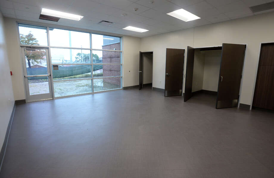 An activities room at the near-completed Lakeside Center in downtown Beaumont. The Building will be home to the Best Years Center and will offer space for social gatherings. Photo taken Monday, 11/19/18 Photo: Guiseppe Barranco/The Enterprise / Guiseppe Barranco ?