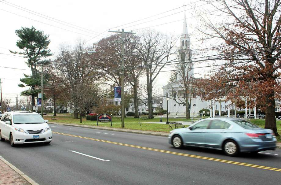 East Avenue where a crosswalk is sought for the Norwalk Green on Monday, Nov. 19, 2018. Photo: Thane Grauel / Hearst Connecticut Media / Connecticut Post