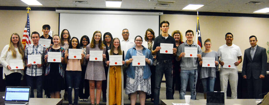 Students who took AP tests during the spring were recognized to start the Plainview ISD board meeting on Thursday. Those students standing with the board members include (front, l-r): Emily Franklin, Andres Garcia, Camarie Henderson, Tiffany Hinojosa, Amanda Holt, Lauren Hukill, Alyssa Hurta, Grayson Moore, Logan Patrick, Sayler Scarborough and Andrew Villa. Back row: Brenden Cavazos. Others unable to attend but recognized include Carlos Daniel Plascencia, Carsen Miles, Miriam Medina, Kyle McClenagan, Pedro Mariscal, Jayden Lopez, Jesse Long, Caleb Knox, Nicholas Kennedy, Milca Jaime Brunet, Jakeline Ibarra, Yingzhi Huang, Lucy Hernandez, Jorge Gonzalez, Diego Garcia, Mau Escande, Armando Delgado, Gabriel Castro, Orion Castaneda, Naidelin Campos, Nayeli Tamayo, Elizabeth Terry, Stephanie Valdez and Amy Vaquera. Photo: Alexis Cubit/Plainview Herald