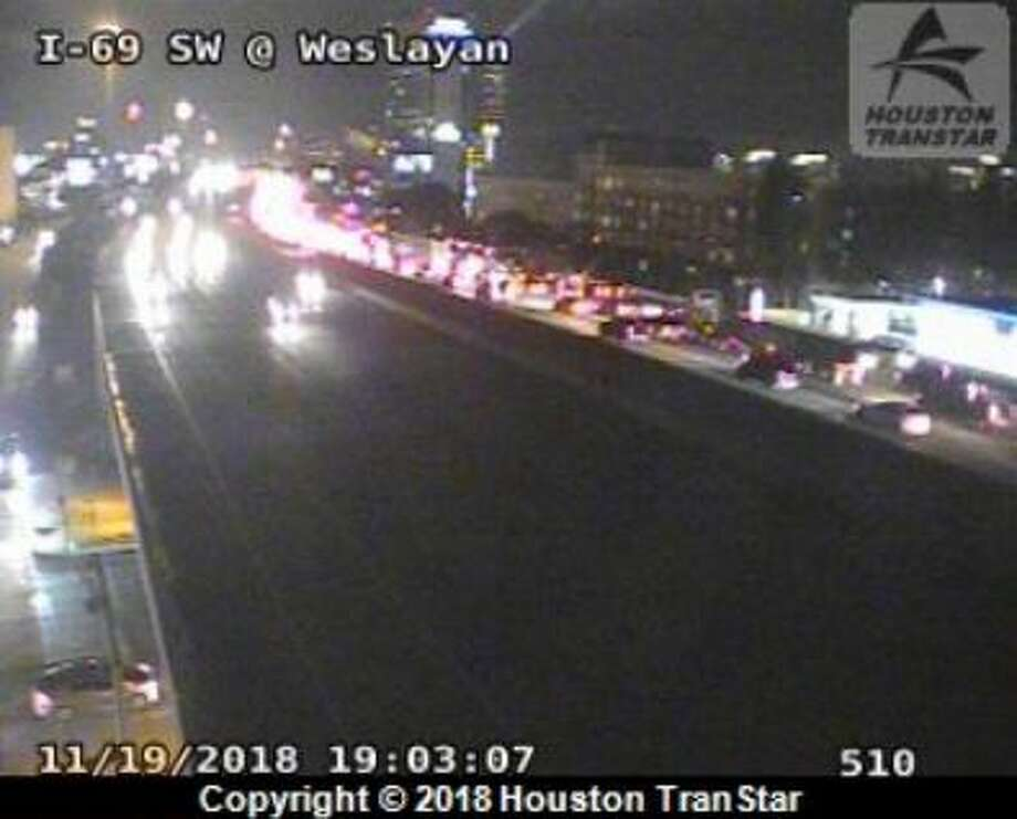 Wreck stops Southwest Freeway traffic during rush hour