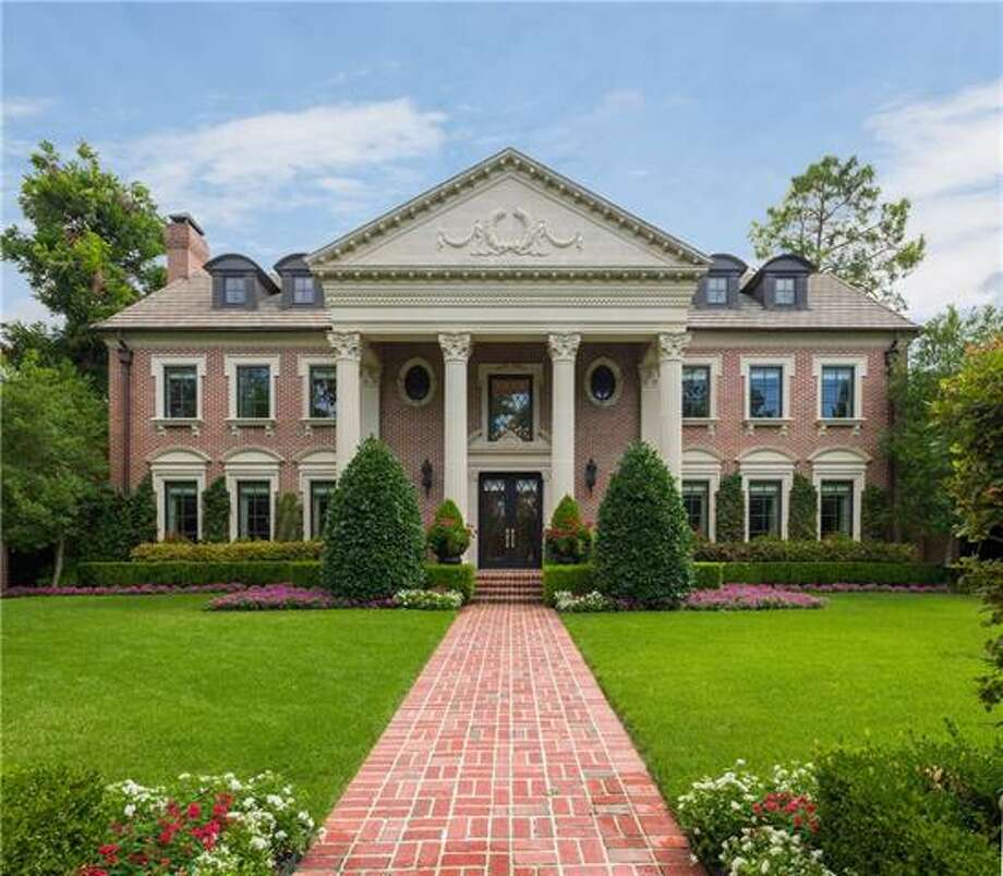 This home in Dallas' prestigious Highland Park rents for $40,000 per month. Photo: Allie Beth Allman & Assoc.
