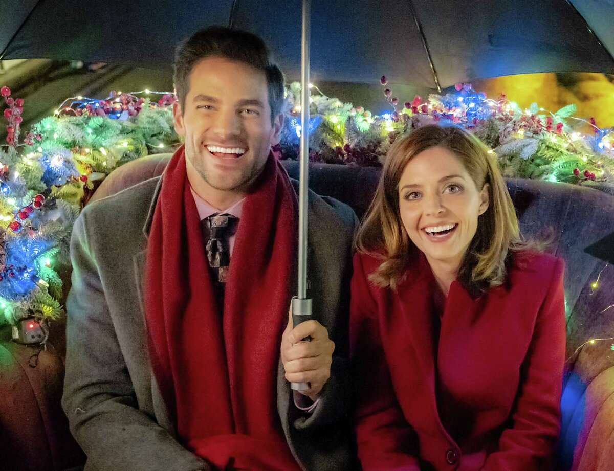 Jen Lilley (right) makes her Hallmark Channel Christmas movie debut in