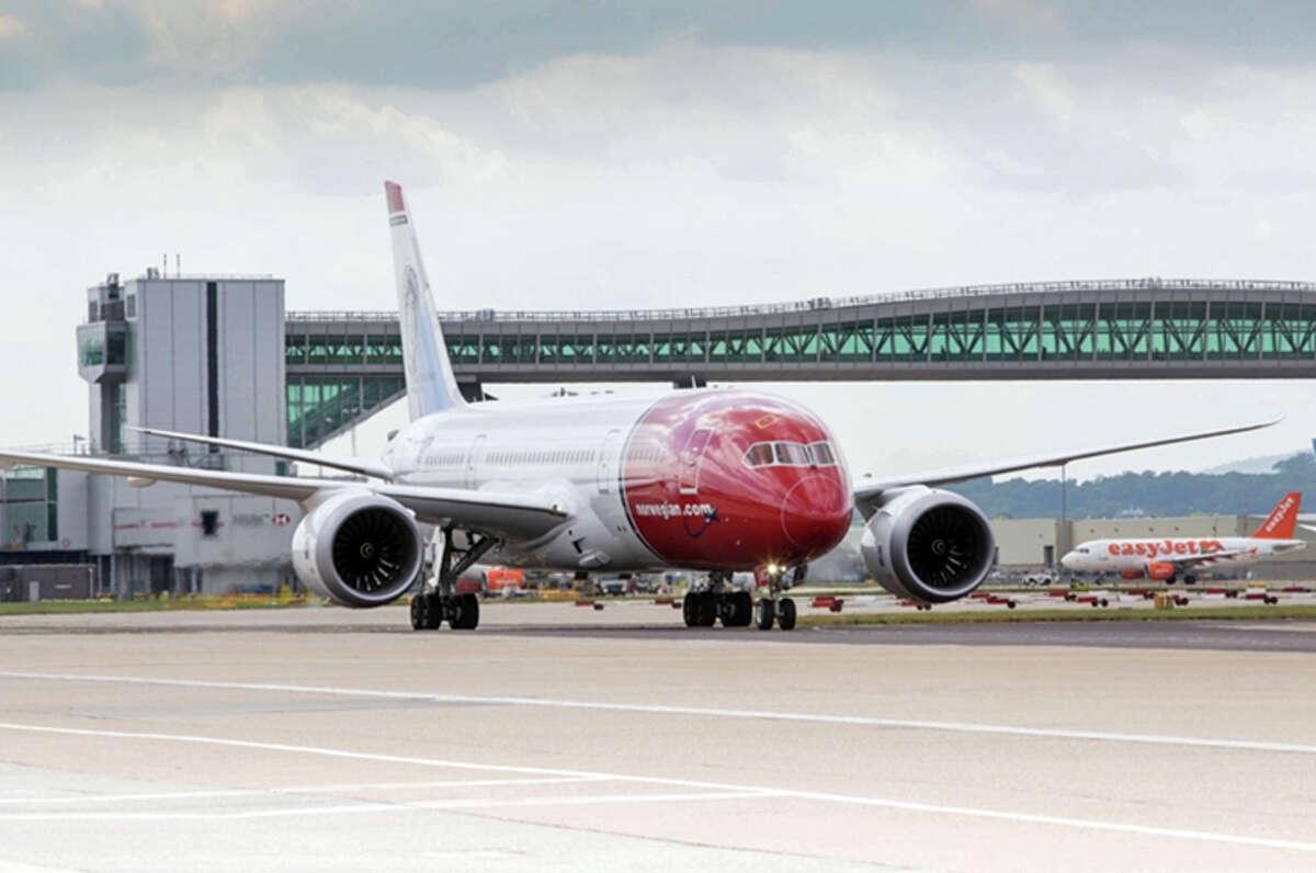 A Norwegian 787 at London Gatwick.