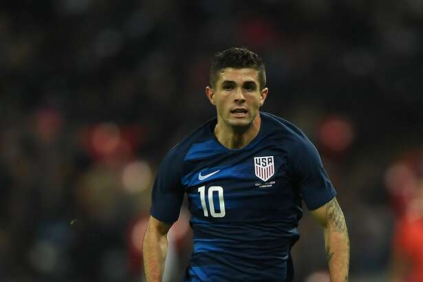 LONDON, ENGLAND - NOVEMBER 15: Christian Pulisic of USA in action during the International Friendly match between England and United States at Wembley Stadium on November 15, 2018 in London, United Kingdom. (Photo by Mike Hewitt/Getty Images)