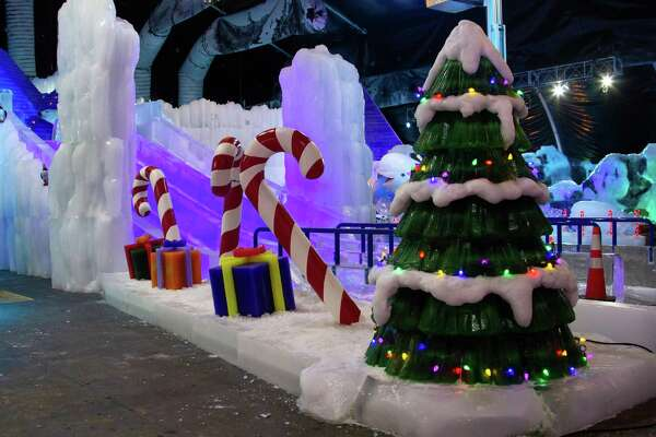 Moody Gardens Christmas.Get Gloves Before Entering Moody Gardens Ice Land