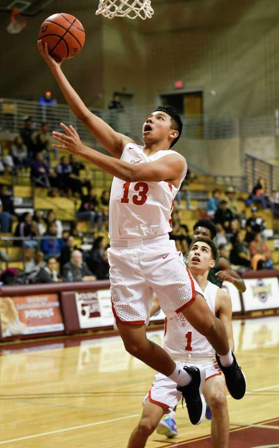 Mark Carreon and Martin are attempting to complete a second straight undefeated district season when they host Tuloso-Midway at 7 p.m. Tuesday. Photo: Danny Zaragoza / Laredo Morning Times