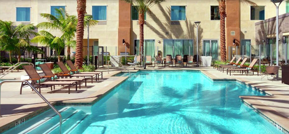 Marriott's new Courtyard/TownePlace Suites near LAX have a shared outdoor pool. Photo: Marriott