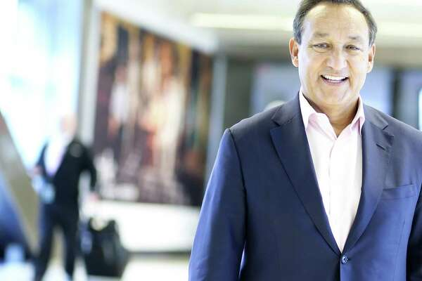 Oscar Munoz, CEO of United Airlines, poses for a photo at Bush Intercontinental Airport on Wednesday, Oct. 24, 2018 in Houston.
