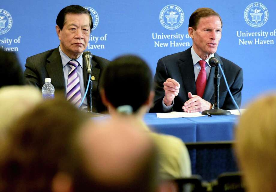 In this file photo, forensic expert Dr. Henry Lee, left, and U.S. Sen. Richard Blumenthal, D-Conn., during a roundtable discussion about forensic evidence standards at the University of New Haven Wednesday, May 27, 2015. Photo: Peter Hvizdak / Hearst Connecticut Media File Photo / ©2015 Peter Hvizdak