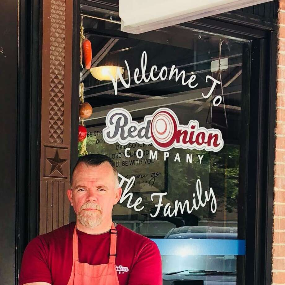 Joey Ashton, former investigator for Montgomery County District Attorney District Attorney's Office, opened his first restaurant with his wife Stephanie in downtown Conroe in July 2017 after running a successful catering company. Now he is returning to law enforcement. Photo: Photo Courtesy Joey Ashton