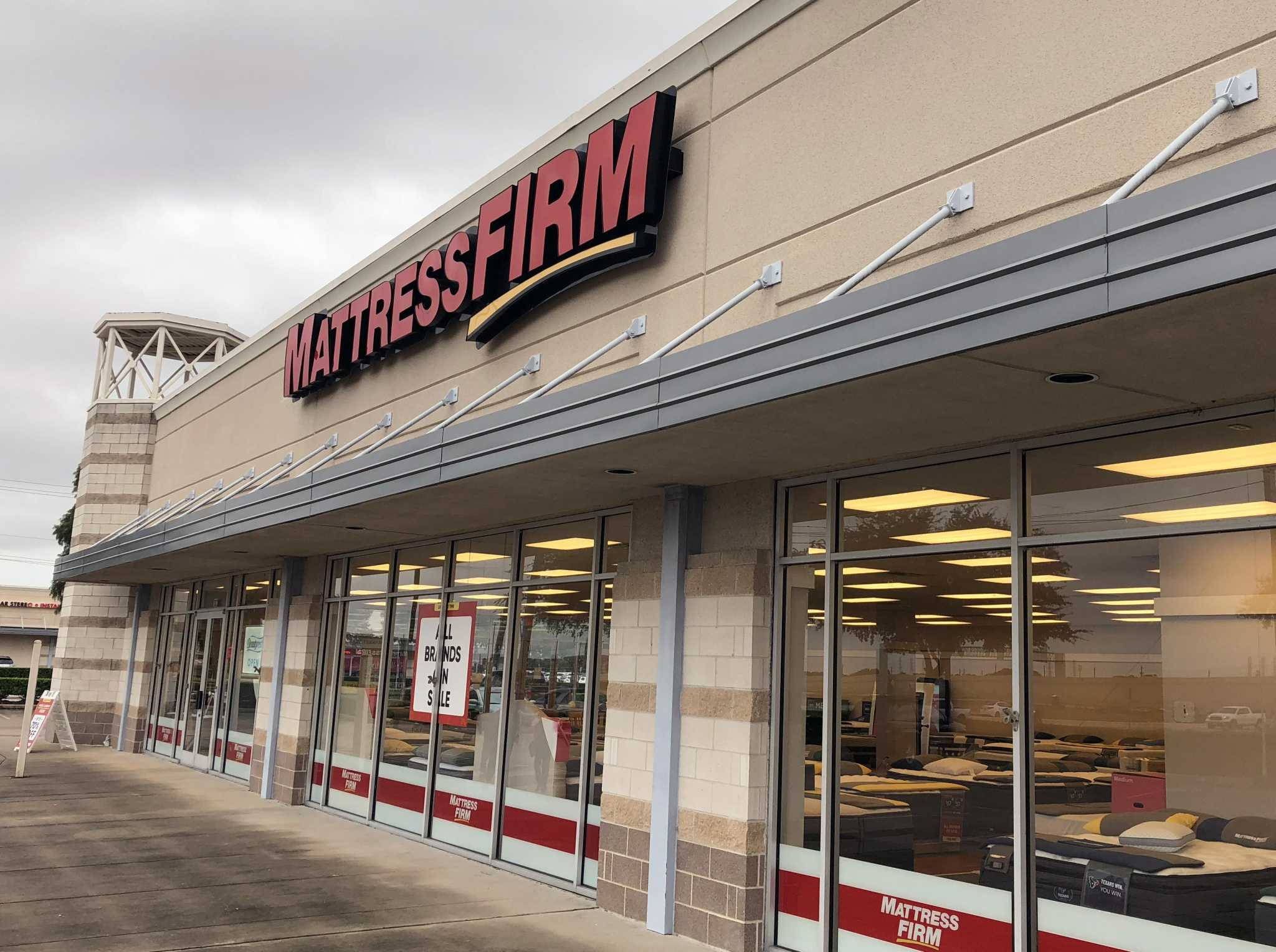 mattress firm emerges from chapter 11 bankruptcy houston chronicle. Black Bedroom Furniture Sets. Home Design Ideas