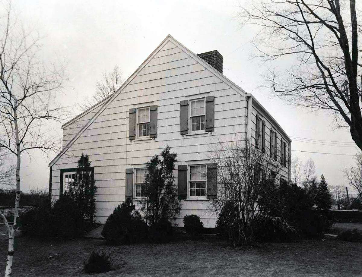 The house at 27 Long Lots Road in 1935. The house was originally built in 1812, according to the Westport Historic District Commission.