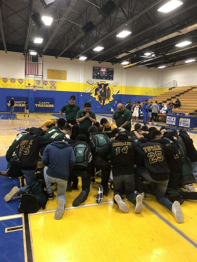 Nixon improved to 5-0 Wednesday with a 97-47 victory at Corpus Christi Moody. The Mustangs had six players in double figures led by 18 points from AJ Melendez. Photo: Courtesy Photo