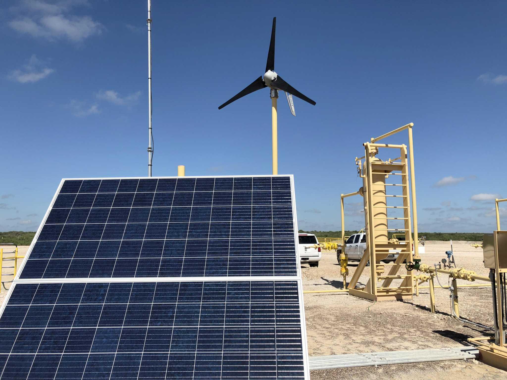 Solar, wind find new market in oil fields