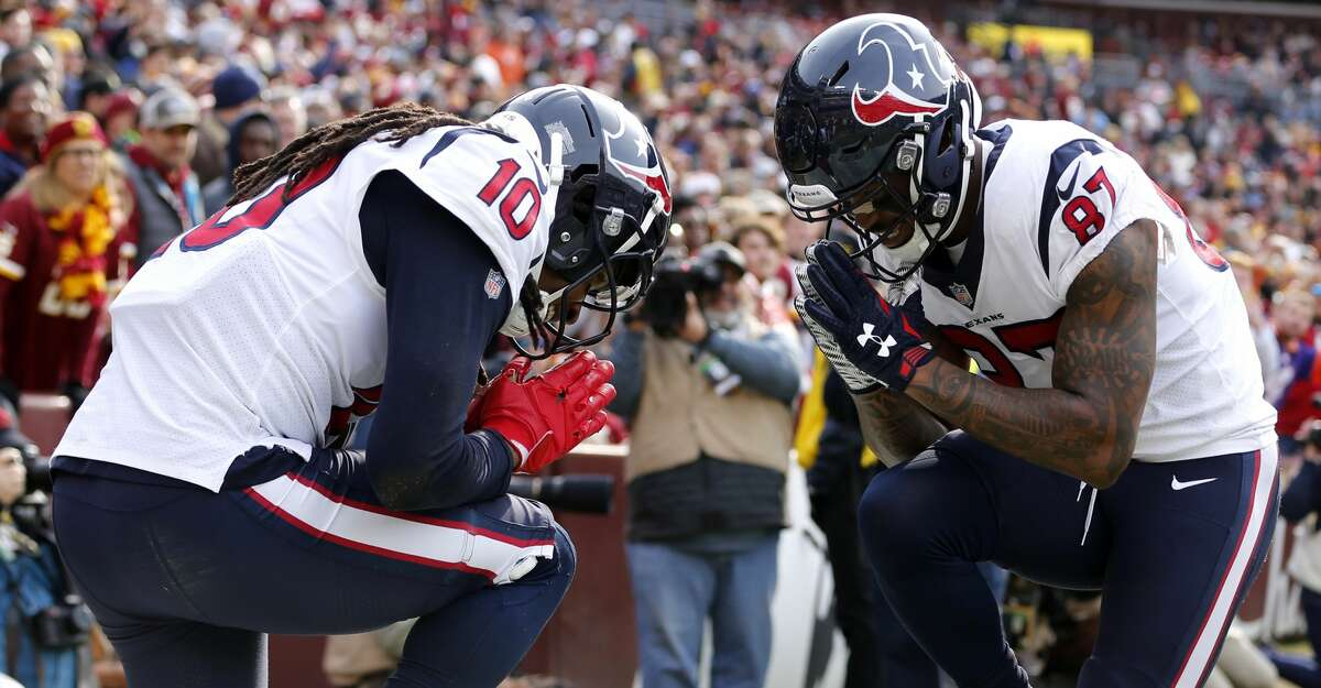 Tennessee plus-3½ at Houston Texans 23-20