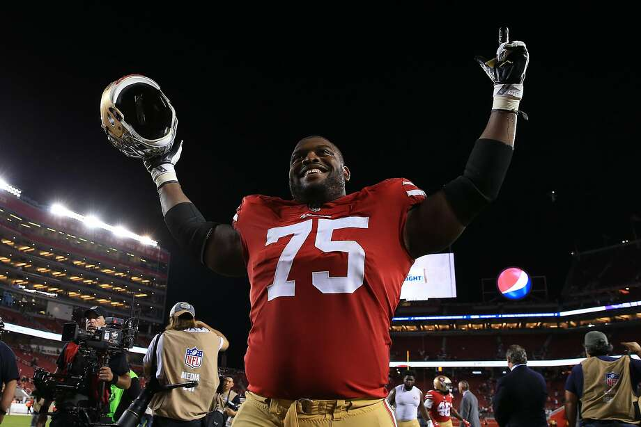 SANTA CLARA, CA - NOVEMBER 01: Laken Tomlinson #75 of the San Francisco 49ers walks off the field after defeating the Oakland Raiders 34-3 in their NFL game at Levi's Stadium on November 1, 2018 in Santa Clara, California. (Photo by Daniel Shirey/Getty Images) Photo: Daniel Shirey / Getty Images