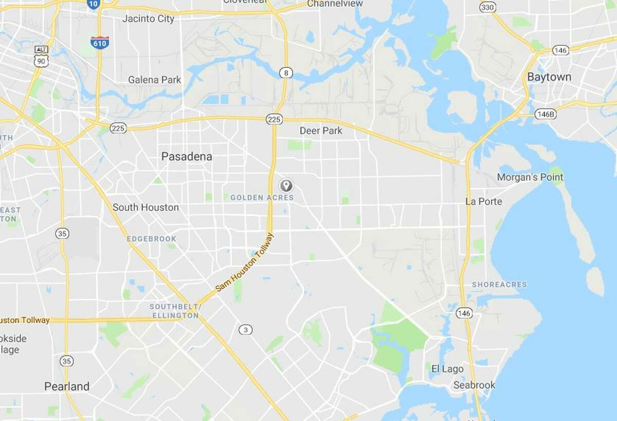 Google Maps street view of Pine Street near Jana Lane. >>See the other Houston-area shootings involving officers in the photos that follow...