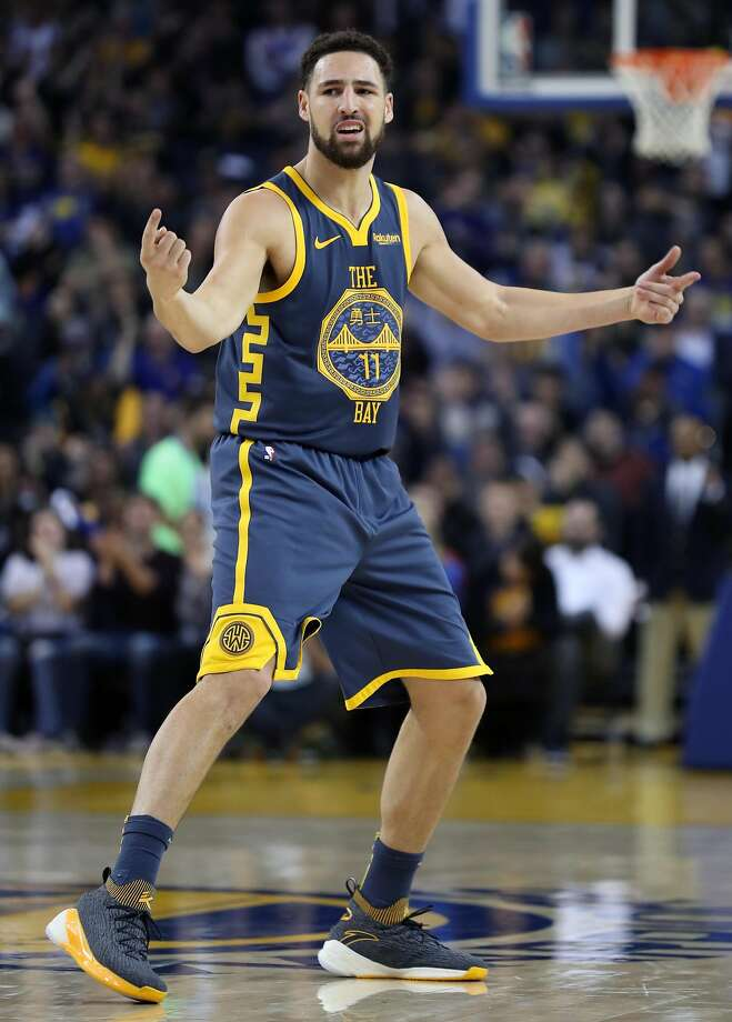 Golden State Warriors' Klay Thompson reacts to his successful 3-pointer in 2nd quarter against Oklahoma City Thunder during NBA game at Oracle Arena in Oakland, Calif. on Wednesday, November 21, 2018. Photo: Scott Strazzante / The Chronicle