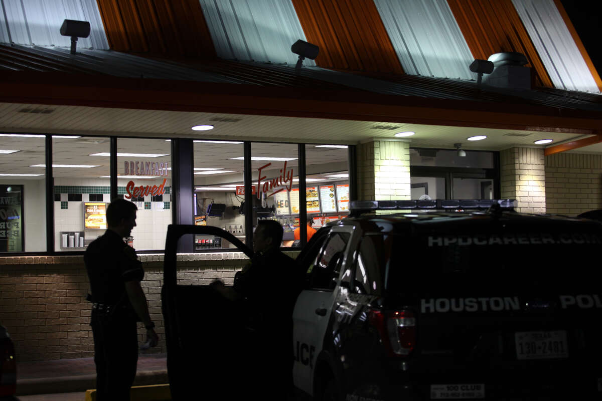 A man stopped breathing and died in the custody of Houston police after an incident inside a Whataburger along Bissonnet near Southwest Freeway on Thanksgiving night.