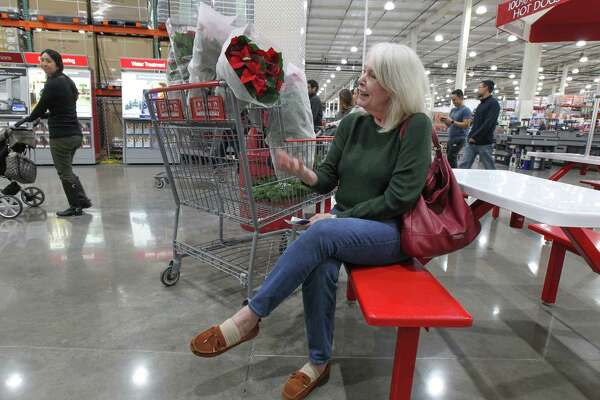 Costco Attracts Black Friday And Everyday Shoppers
