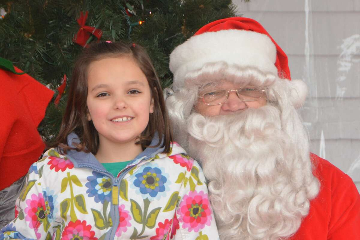 Santa arrived at the Fairfield Town Green on November 24, 2018. Families enjoyed a visit with St. Nick, horse and carriage rides, a petting zoo, hot chocolate and more. Were you SEEN?