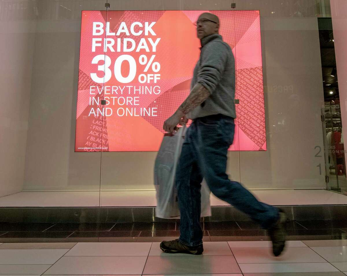 Shoppers were out in force at Crossgates Mall on Black Friday Nov. 23, 2018 in Albany, N.Y. (Skip Dickstein/Times Union)