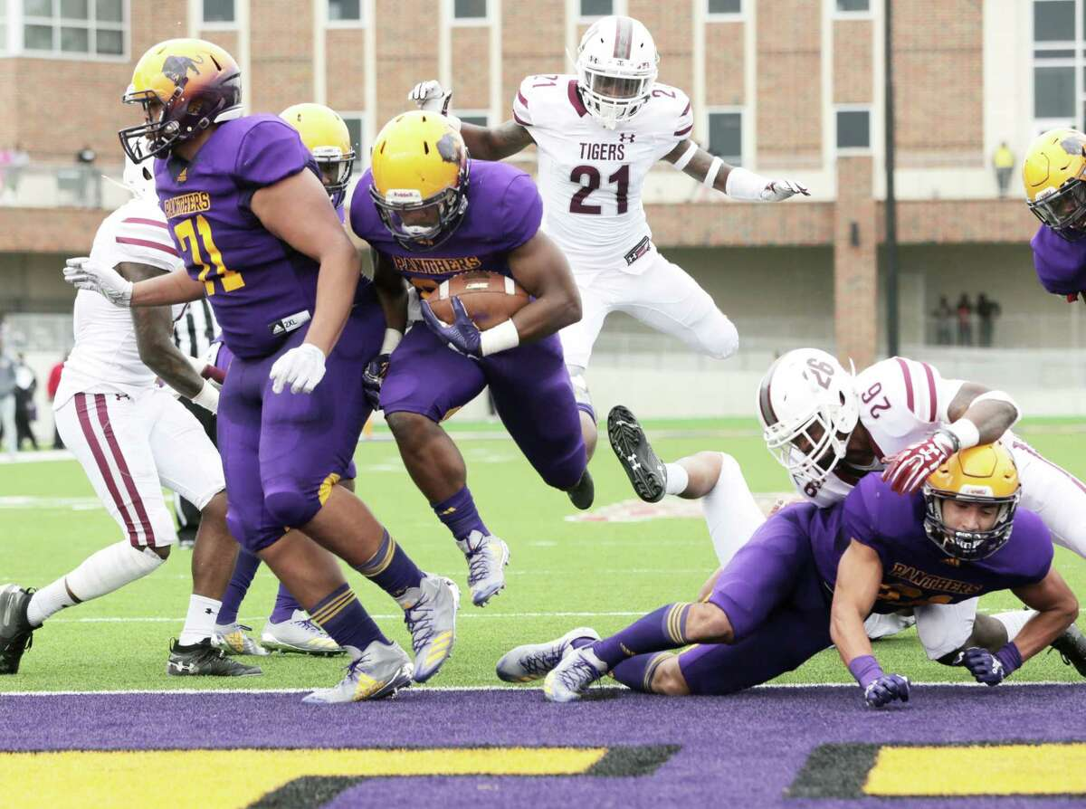 Prairie View Am Panthers running back Caleb Broach (28) crosses the goal line for a touchdown in the second quarter against Texas Southern Tigers on Saturday, Nov. 24, 2018 in Prairie View.