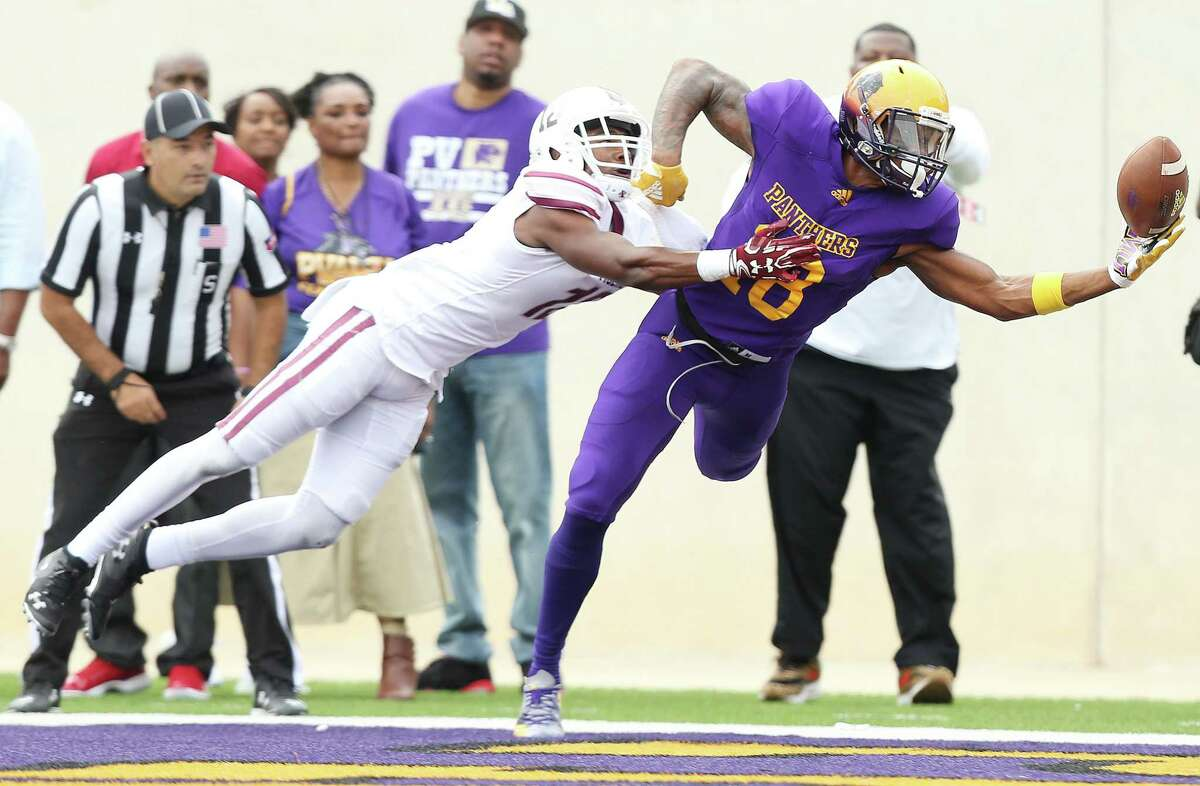 PHOTOS: College football players from the Houston area to watch in 2019 Prairie View A&M Panthers wide receiver Markcus Hardy (18) can't hold onto a pass in the end zone as Texas Southern Tigers linebacker Isaac Jackson (12) covers him on Saturday, Nov. 24, 2018 in Prairie View. >>>Here are10 college football players from the Houston area to keep an eye on for the 2019 season ...