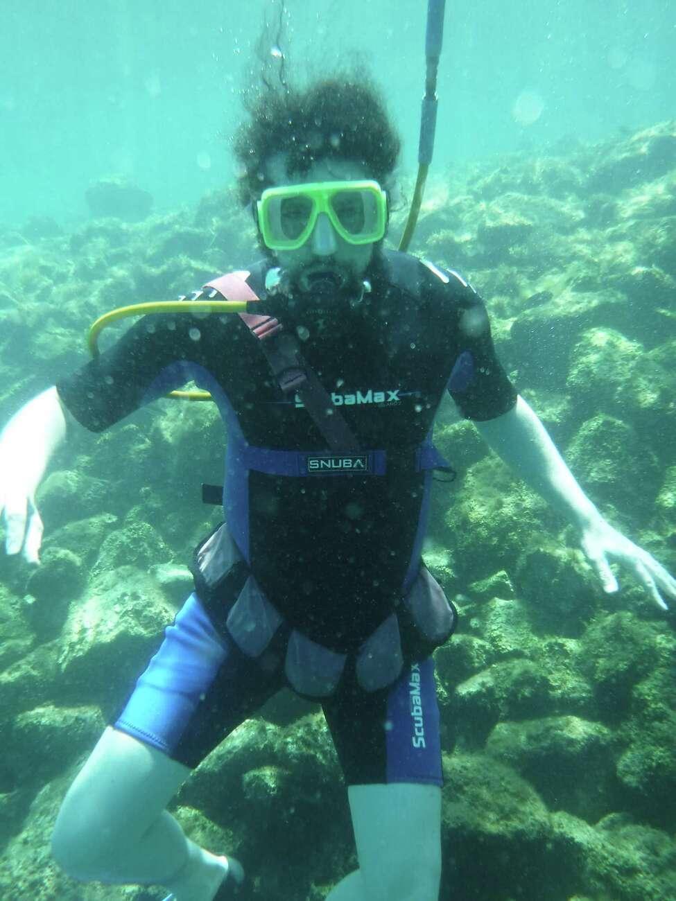 SNUBA diving with Destin Snorkel & SNUBA Tour (Samantha Feuss/TNS)