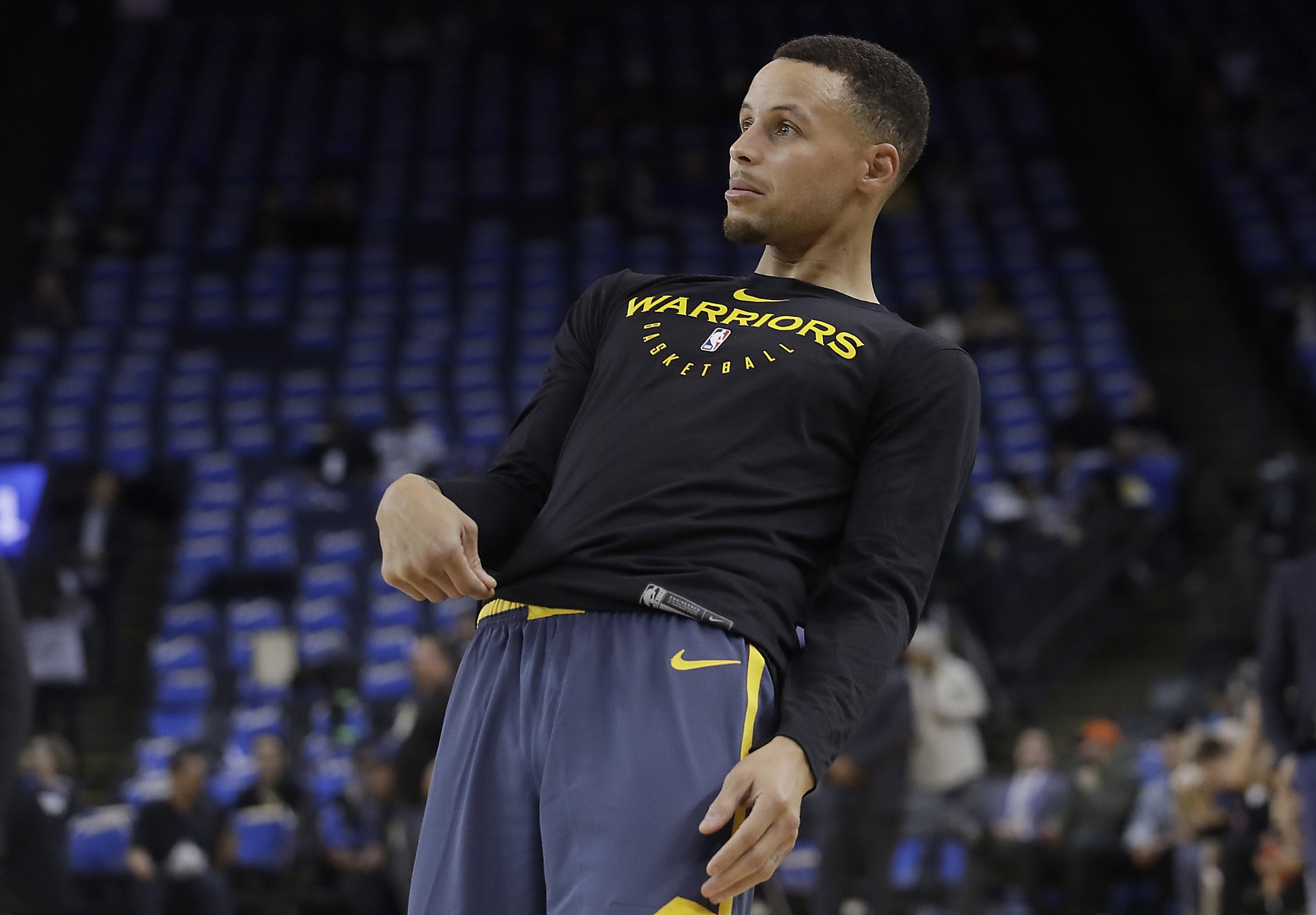 cb2b69212bb Warriors  Stephen Curry to miss at least 2 more games with groin injury