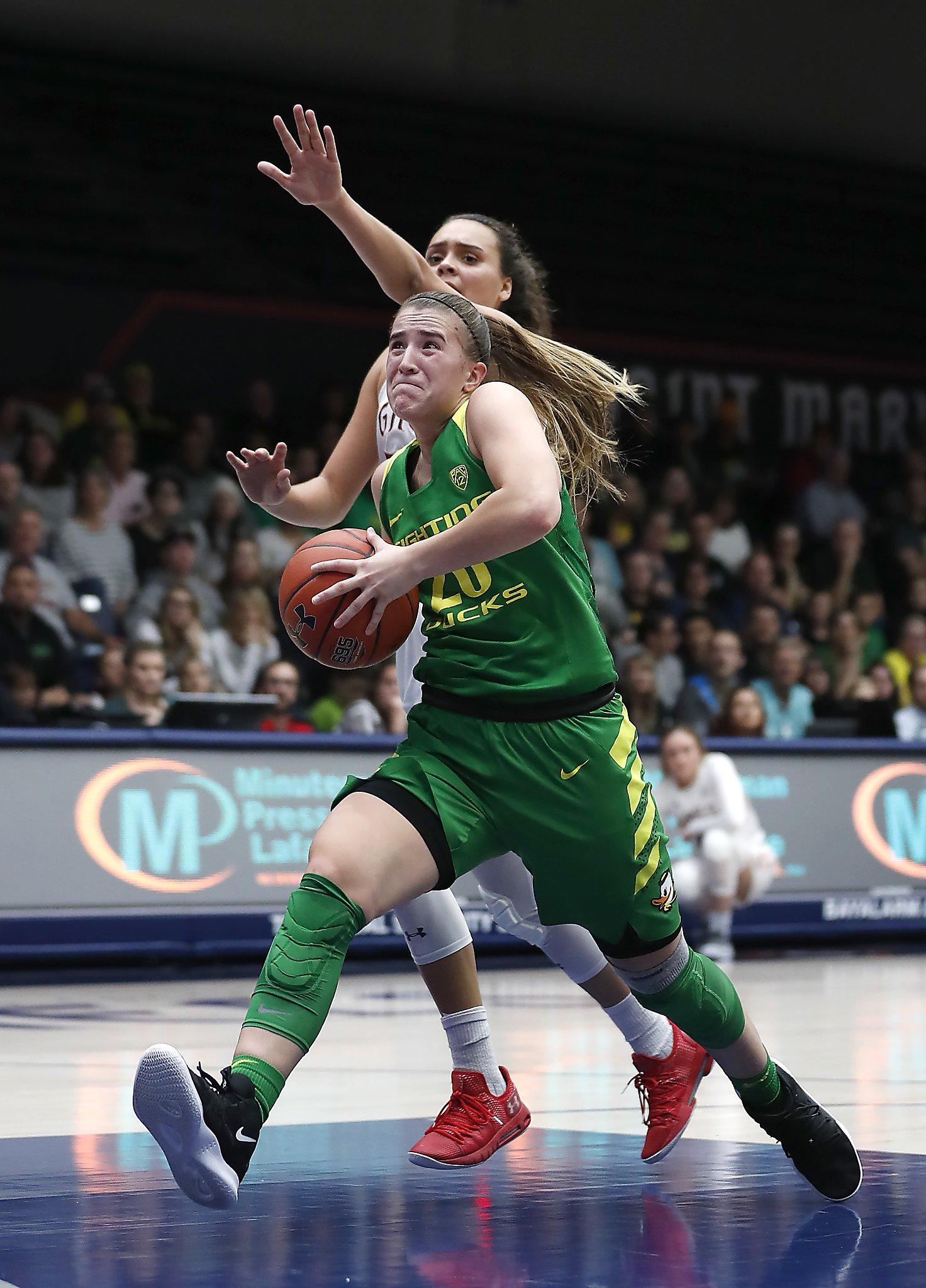 Sabrina Ionescu scores 27 to lead No. 3 Oregon past St ...
