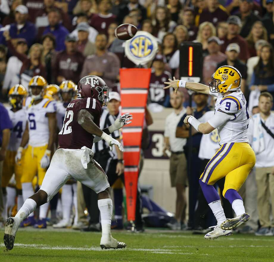 Joe Burrow and LSU will look to keep their perfect season going while exacting some revenge against Texas A&M on Saturday night in Baton Rouge. Photo: Bob Levey/Getty Images