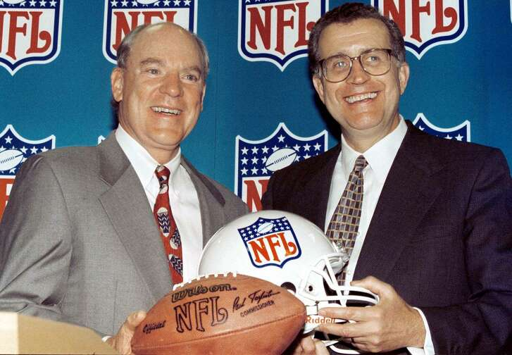 McNair was happy on on Oct. 6, 1999. when Houston rejoined the NFL. He paid a record $700 million for an expansion franchise and beat Los Angeles in the bidding for a team.