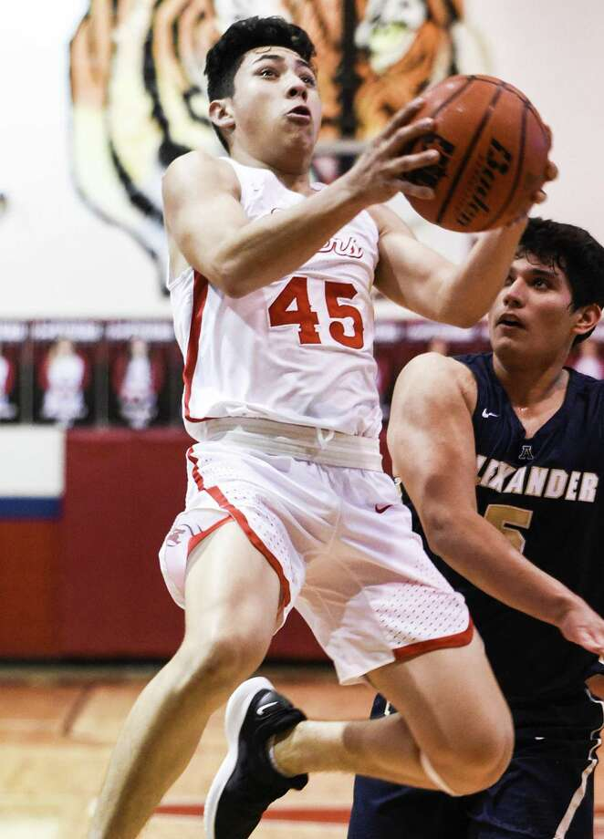Nelson Vasquez leads Martin with 24.7 points per game through the first seven contests this year. Photo: Danny Zaragoza /Laredo Morning Times