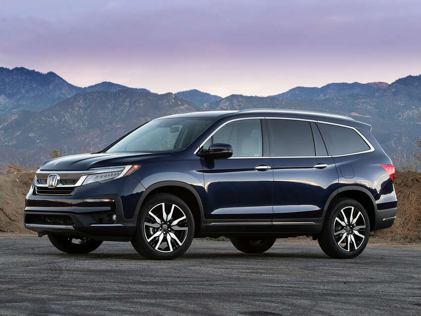 The safest SUVs, vans and truck according to the IIHS. See the full list at IIHS.org Midsize SUV 2019 Honda Pilot