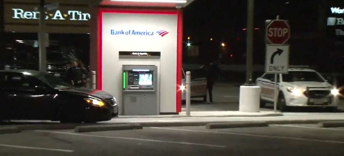 A glitch at an ATM in north Harris County caused it to mistakenly dispense $100 bills.