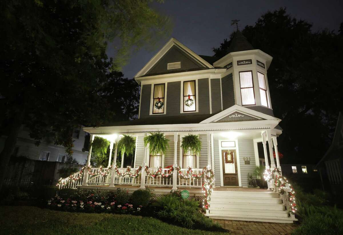 An early 1900s Victorian home owned by Linda and Neal Cannon located at 921 Heights Blvd. is shown Sunday, Nov. 25, 2018, in Houston. The home is one of five featured in the annual Houston Heights Holiday Home Tour.