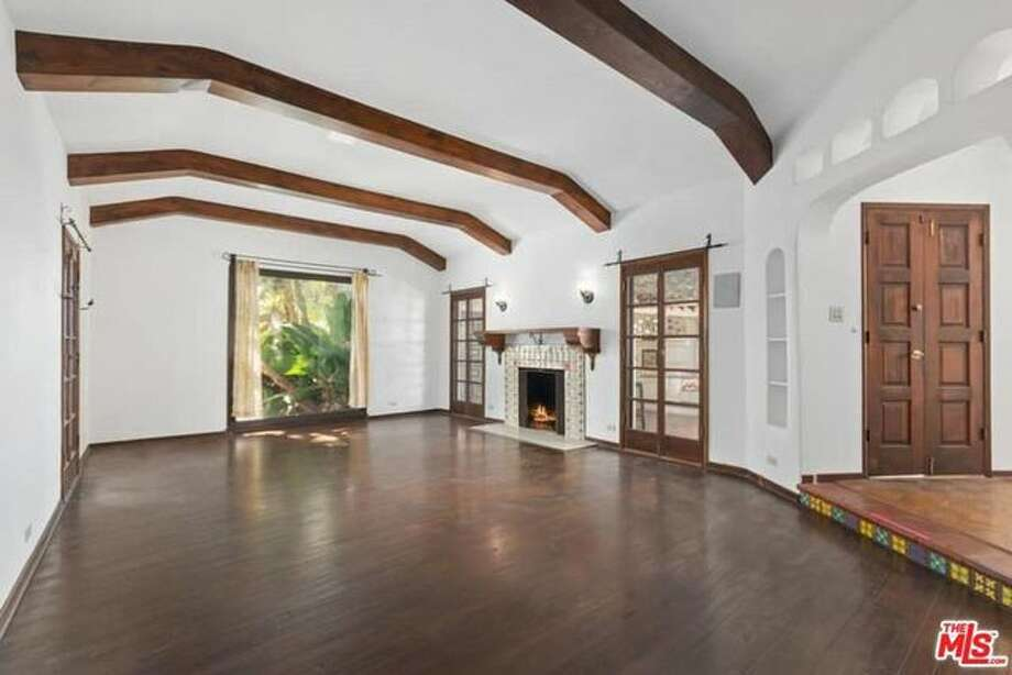 Even A-list real estate experts like Leonardo DiCaprio make a misjudgment on an asking price every now and then. After the actor reduced the price of his Spanish-style hacienda in L.A.'s Silver Lake neighborhood from $1.75 million to $1.6 million, he sold it in less than 24 hours. Photo: REALTOR.com