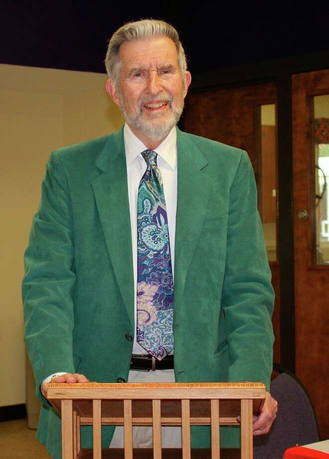 John M. Pafford spoke to the Wilbur T. Lanphierd Chapter of the Daughters of the Union at its final fall meeting. (photo provided)