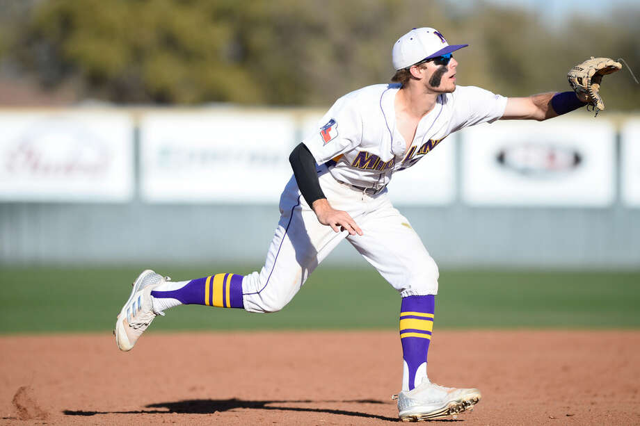Midland High's Tyler Wade (2) makes a play against Amarillo Tascosa March 20, 2018, at Zachery Field. Photo: James Durbin/Reporter-Telegram