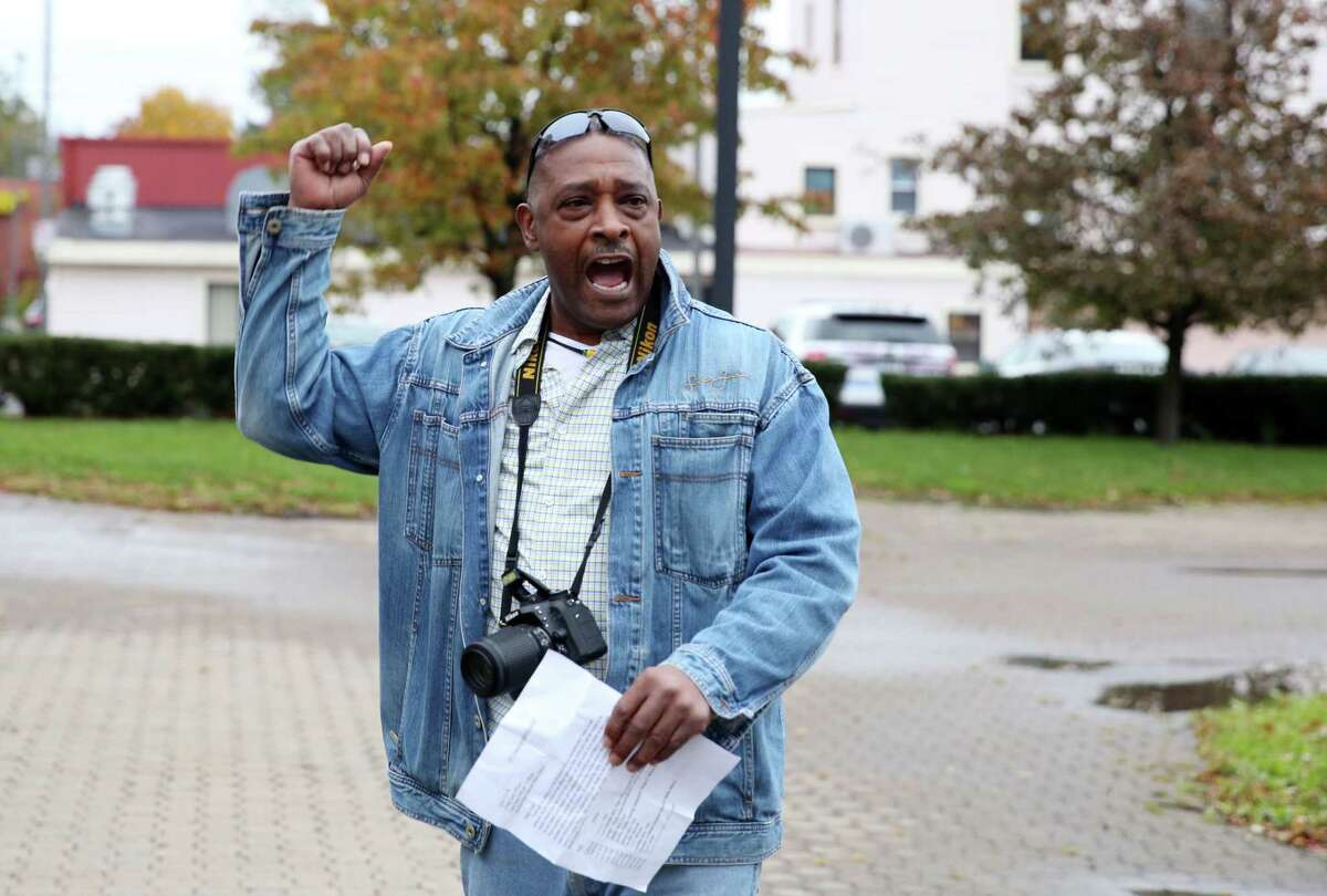 Willie White speaks during a rally for Ellazar Williams Thursday, Nov. 1, 2018 at the Albany Police Department Headquarters. (Phoebe Sheehan/Special to the Times Union)