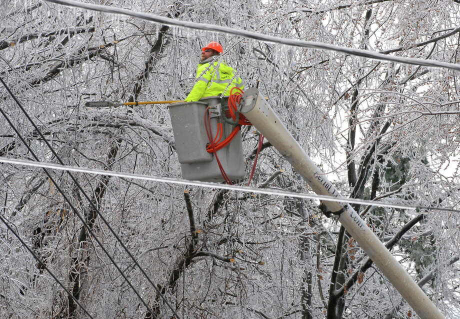 Click through the slideshow to view photos from the ice storm that crippled the Capital Region in December 2008. Photo: LORI VAN BUREN/TIMES UNION, TIMES UNION