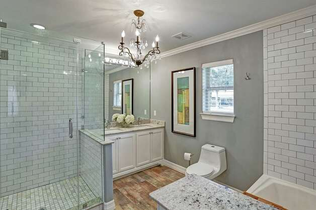 9007 Beverly Hill Street