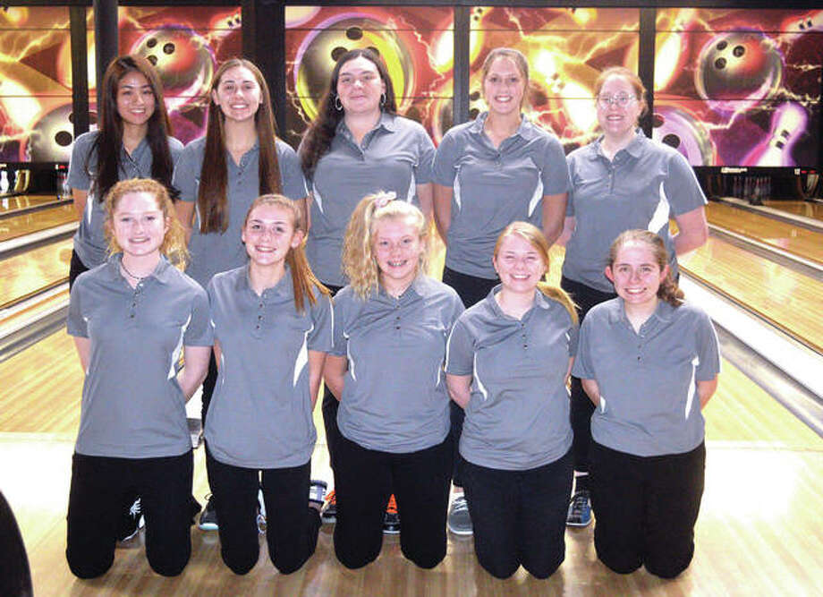Members of the Edwardsville girls' bowling team include, front row left to right, Ashley Kuethe, Emilie Fry, Charlie Hayes, Amy Malcharek and Rachel McTague. In the back row, from left to right, are Prae Nuanpean, Maren McSparin, Sydney Sahuri, Rylee Langendorf and Sam Linck. Abby Sherrill, Brandy Page, Maddie Misukonis and Angel Jenkins are not pictured. Photo: Scott Marion/Intelligencer
