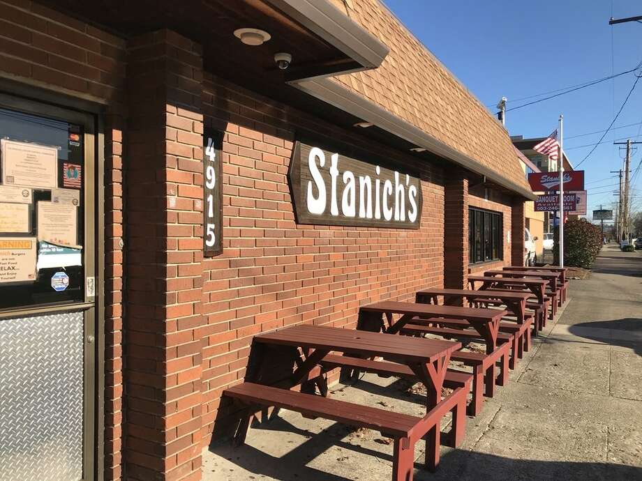 Stanich's in Portland, Oregon has been closed since January. The owner claims he was forced to shutter the restaurant after a rave review from Thrillist spurred crowds. Photo: Dave H./Yelp