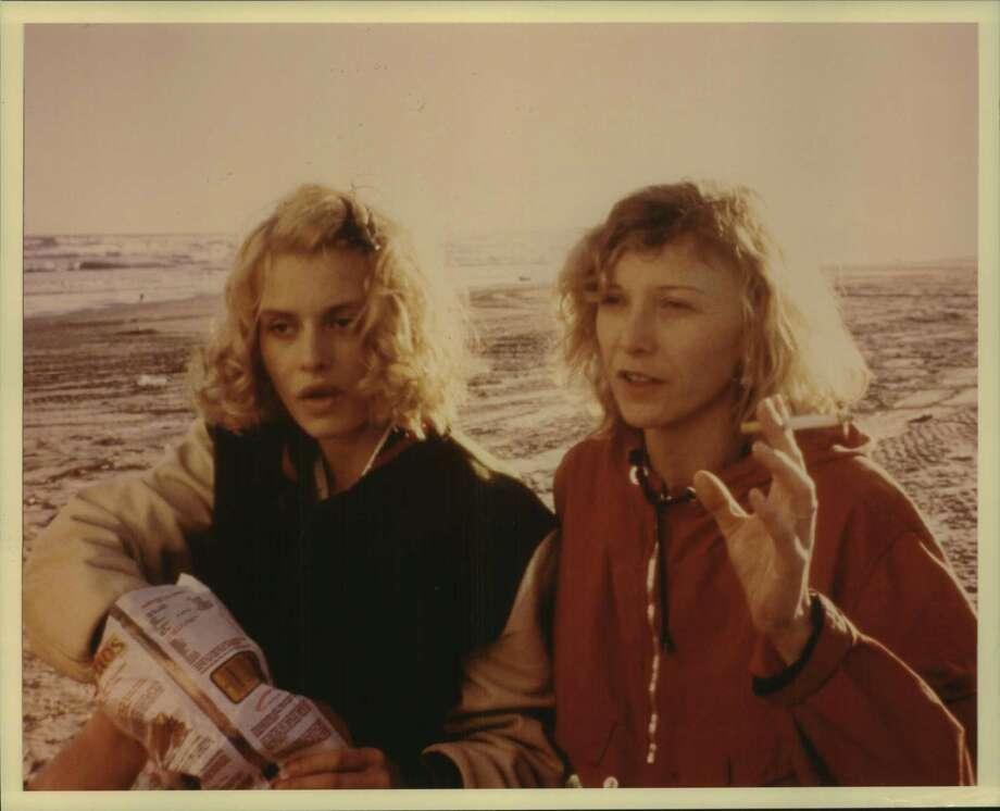 "Nastassja Kinski and Aurore Clement in ""Paris, Texas."" / Houston Chronicle"