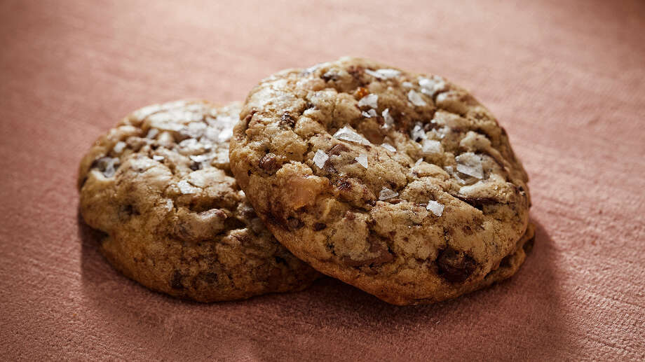 Chocolate Chip Crunch Cookies. Photo: Photo By Tom McCorkle For The Washington Post. / The Washington Post